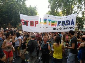 Pancarta de Acción en Red en la Manifestación del Orgullo LGTBI de 2015