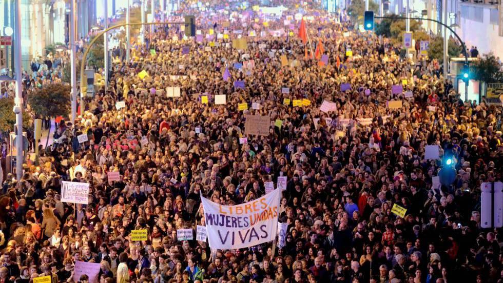 """""""Movimiento feminista: polémicas y retos"""".Jueves 14 de marzo a las 20h Charla-debate en La Bóveda"""